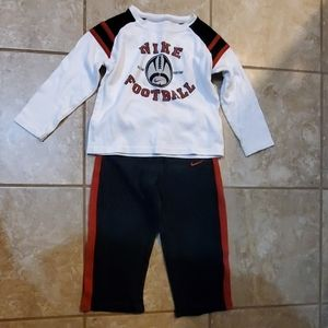 Toddler boy size 3T Nike 2pcs outfit